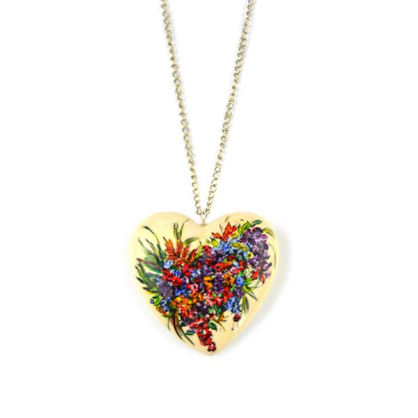 heart pendant bouquet flower