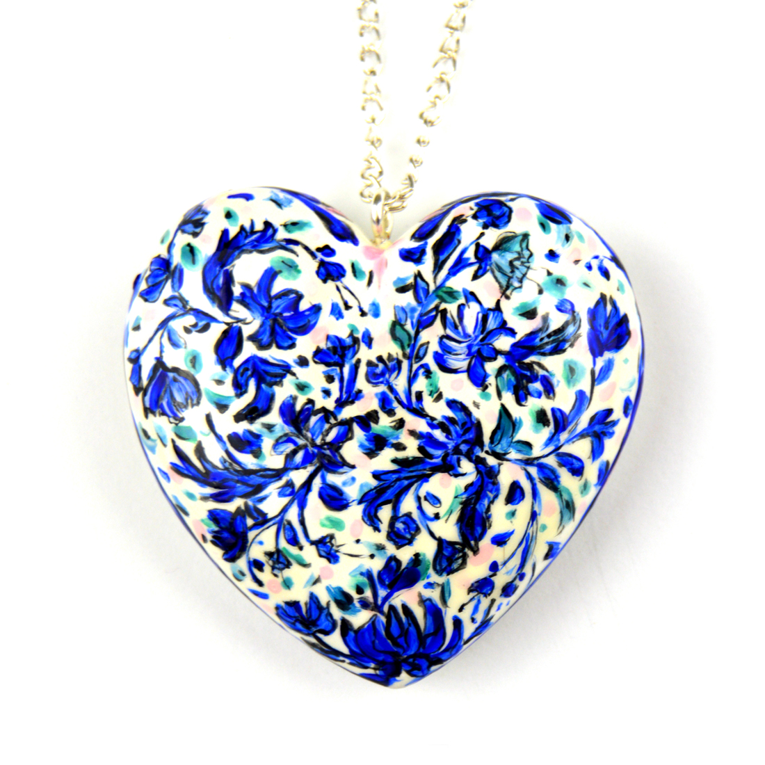 pendant_white_blue_flower_01