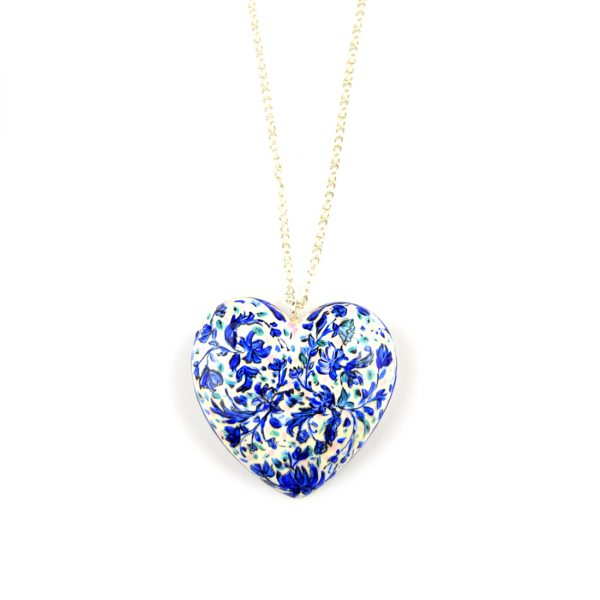 heart pendant white and blue